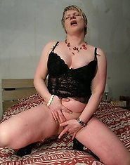 Are you in the mood for a hot mature lady