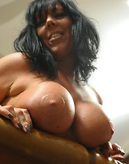Naughty mature Peaches loves to play alone